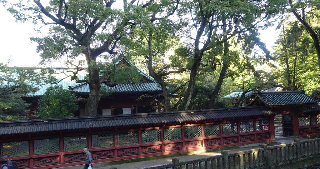 社殿、西門、透塀。いずれも重要文化財。